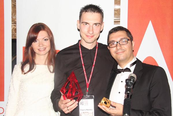 Григорий Малицкий и Мария Малицкая получили Серебро в Премии A'Design Award 2014 за дизайн раковины ANGLE (Grigory Malitskiy, Maria Malitskaya, ARCHITIME design group)